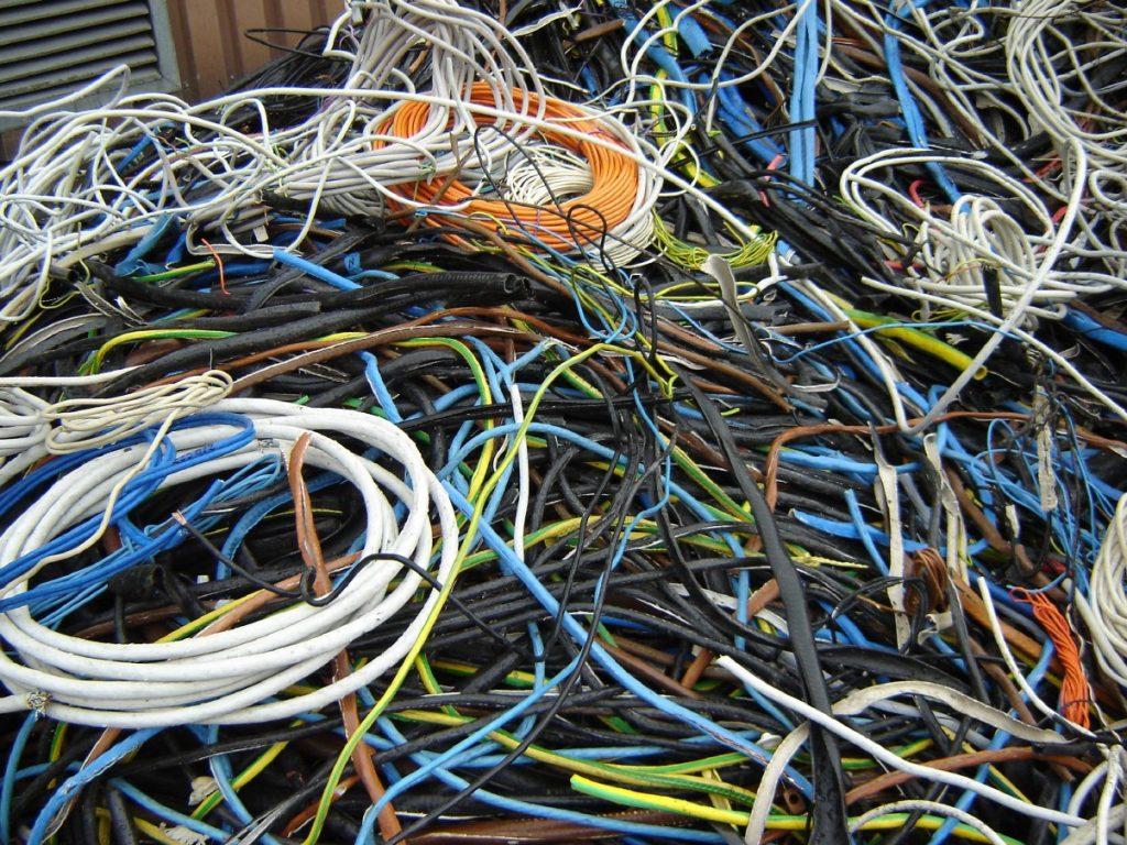 Сдать кабель изделием