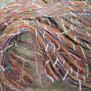 Прием кабеля изделием
